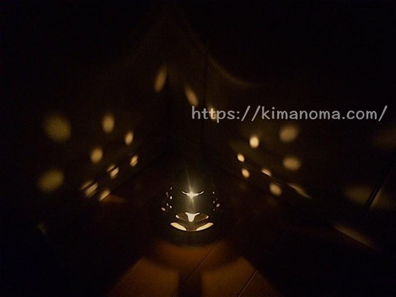 茶香炉の光