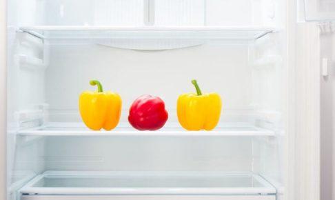 冷蔵庫の中のパプリカ