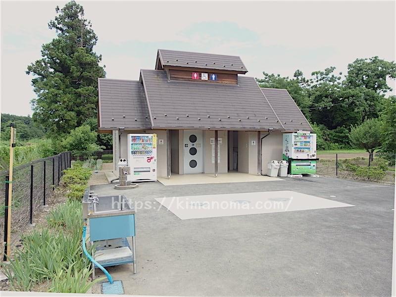 学校橋河原 トイレ