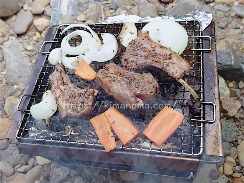 バーベキュー(ラム肉と野菜)