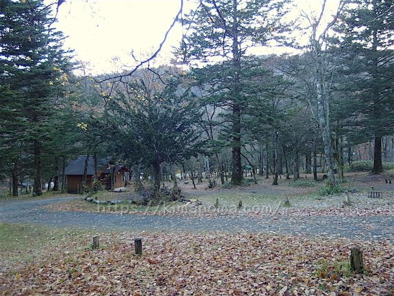 キャンプ場内